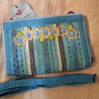 Tas handmade biru