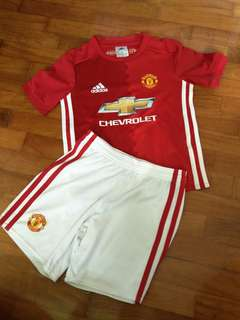 Prelove Adidas kids Manchester United clothes set