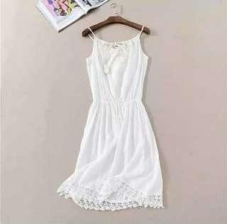 🚚 1999波希米亞顯瘦收腰蕾絲吊帶渡假連身裙