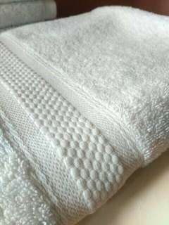 Handuk putih 70x140cm