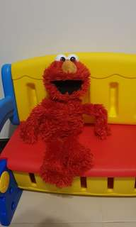 elmo stuffed toy (20inches)
