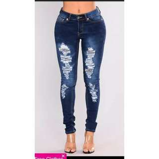 NEW!! PLUS SIZED TATTERE JEANS (PREORDER/ 31-36)
