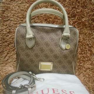 Hand bag Guess Authentic