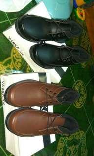 Sepatu boots kasual formal