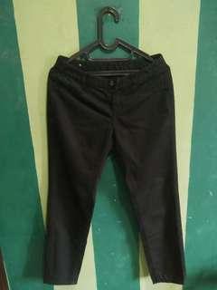 Preloved celana wanita giordano