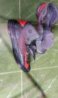 Nike hyperdubk size 43 Terima barter nike AF1