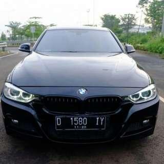 BMW F30 328i BLACK ON BLACK 2013
