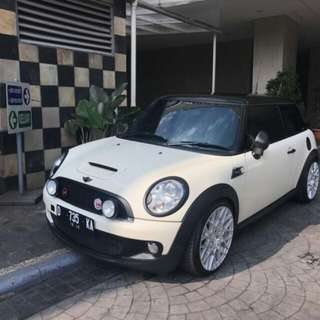 MINI COOPER S TURBO MAYFAIR WHITE ON BROWN 2010