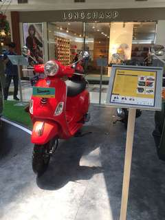 Vespa LX 125 iget (red glossy) (PROMO EVENT)