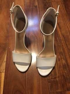 White ALDO heels , size 7.5