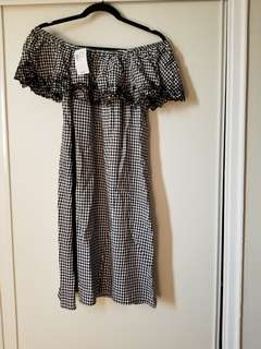 Off the shoulder dress size M