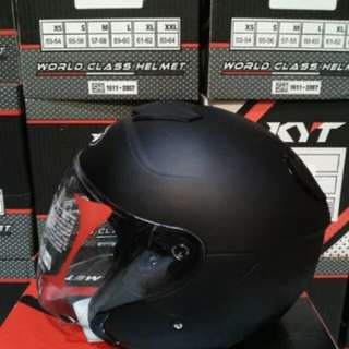 Helmet KYT kyoto solid