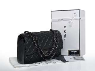 Chanel Classic Flap Bag with Box + Dustbag Kain