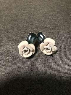 ALDO ROSE 🌹 EARRINGS
