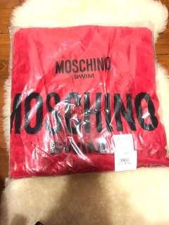 BNWT Moschino swim towel