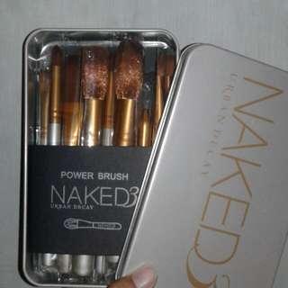 Brush Naked isi 12pcs