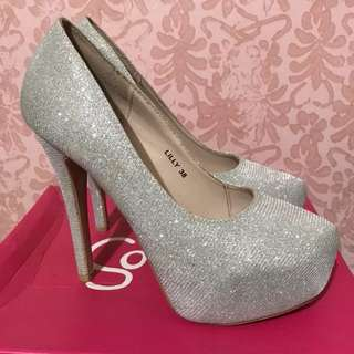 A 5-inch Sparkling Silver Heels (REPRICED)