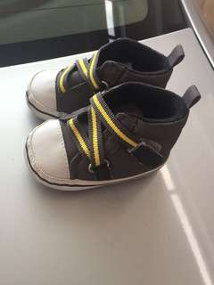 Baby shoes new born