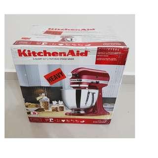 BNIB - Brand New KitchenAid Kitchen Machine (Mixer) (US Model 120V) - Empire Red