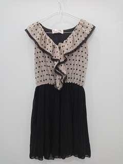 Dress abu polkadot import