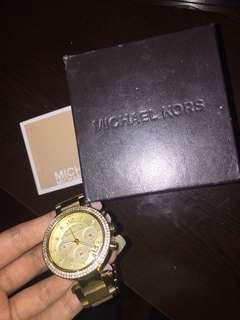 Michael Kors Watch (Gold)
