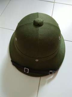 COLLECTIBLE  VIETNAMESE HAT