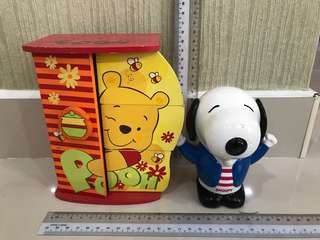 Cute snoopy sharpener + Pooh drawer set