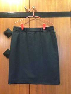 Black simple skirt in good condition.
