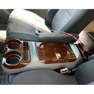 MPV CAR console box