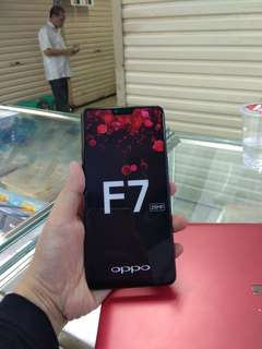 Oppo F7 ready warna black,red n silver bisa cash bisa cicilan