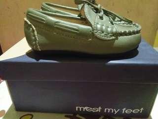 Meet my feet