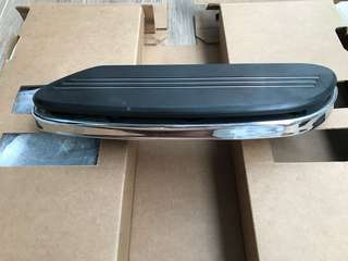 Harley Davidson floorboards and floorboard inserts
