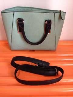 Tas fashion warna hijau