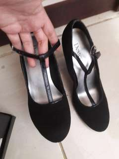 Mary black shoes