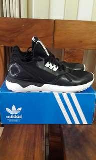 🚚 adidas tubular runner us11黑武士