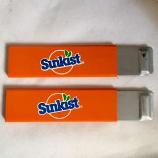 A Pair of vintage SUNKIST carton box cutters. NOS