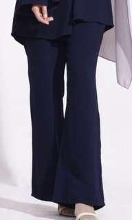 Calaqisya Abeela Pants in Navy Blue XL