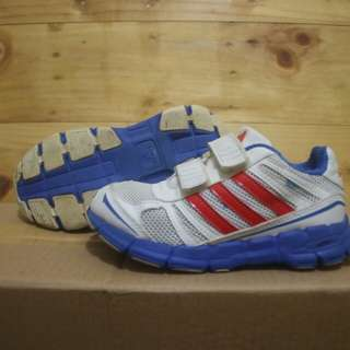 Adidas adifast CF Junior running shoes original