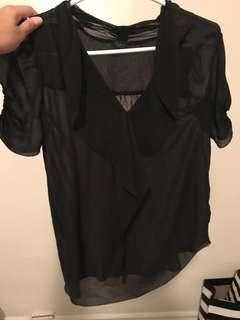 Aritzia silk blouse size xs