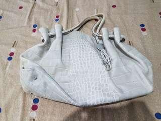 Furla 義大利品牌 女生包包 肩背包 側背包 水餃包 手提包 上班包 水桶包 潮包 名牌精品
