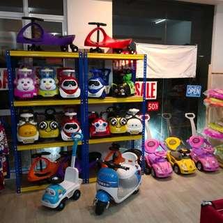 Toys toys toys!!