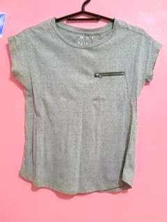 Penshoppe gray basic shirt