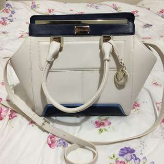 Unused Forever New White and Navy Blue Handbag