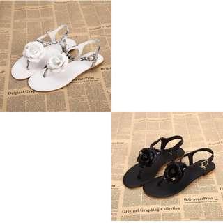 Sepatu sandal branded