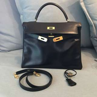 Authentic vintage Hermes Kelly 32 in Black Box Leather