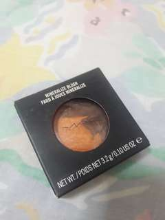 MAC Mineralized Blush in Exotic Amber