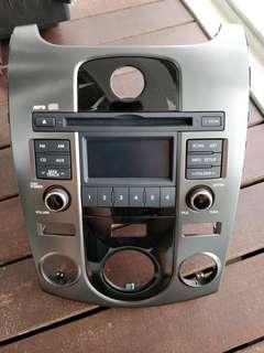 Kia Cerato Forte EX 2009-2012 Original Audio system