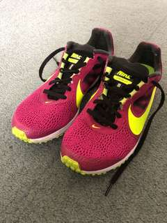 Nike - Streak LT