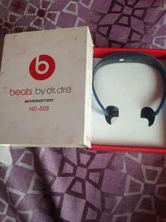 Beats by Dr. Dre Bluetooth headset