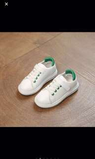 White sneaker shoes